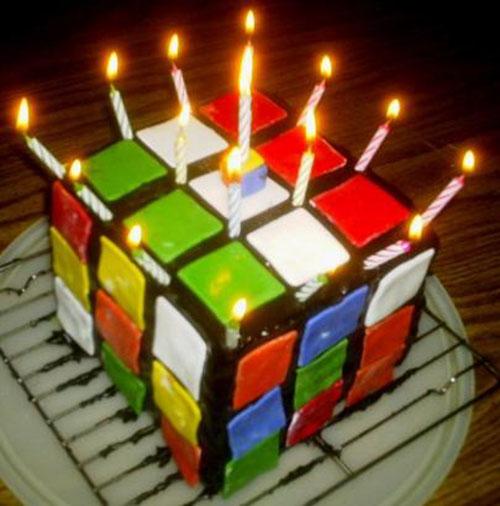 Поздравляем с днём рождения Ирину Кубик-Рубик!!!!! - Страница 5 Rubik__s_Cube_Cake_by_DieThen902Hell-1